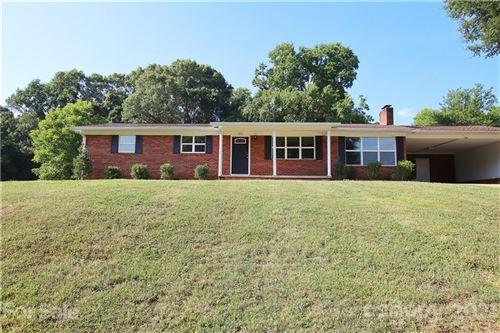 Photo of 133 Fieldstone Farm Drive, Statesville, NC 28625-2311 (MLS # 3764853)