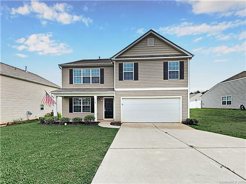 Photo of 116 Quail Springs Road, Statesville, NC 28677 (MLS # 3624857)