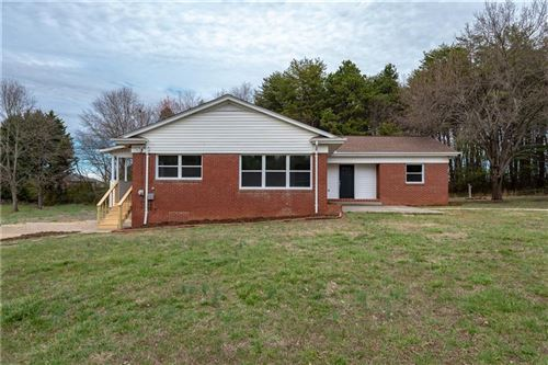 Photo of 2741 23rd Avenue Place NE, Hickory, NC 28601 (MLS # 3595868)