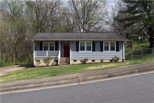 Photo of 531 3rd Street SW, Hickory, NC 28602 (MLS # 3607869)