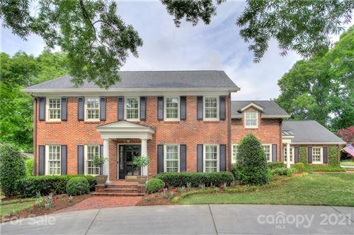 Photo of 3840 Huntcliff Drive, Charlotte, NC 28226-7416 (MLS # 3737869)