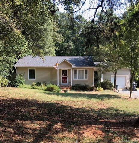 Photo for 2422 Eargle Road, Charlotte, NC 28269 (MLS # 3553872)
