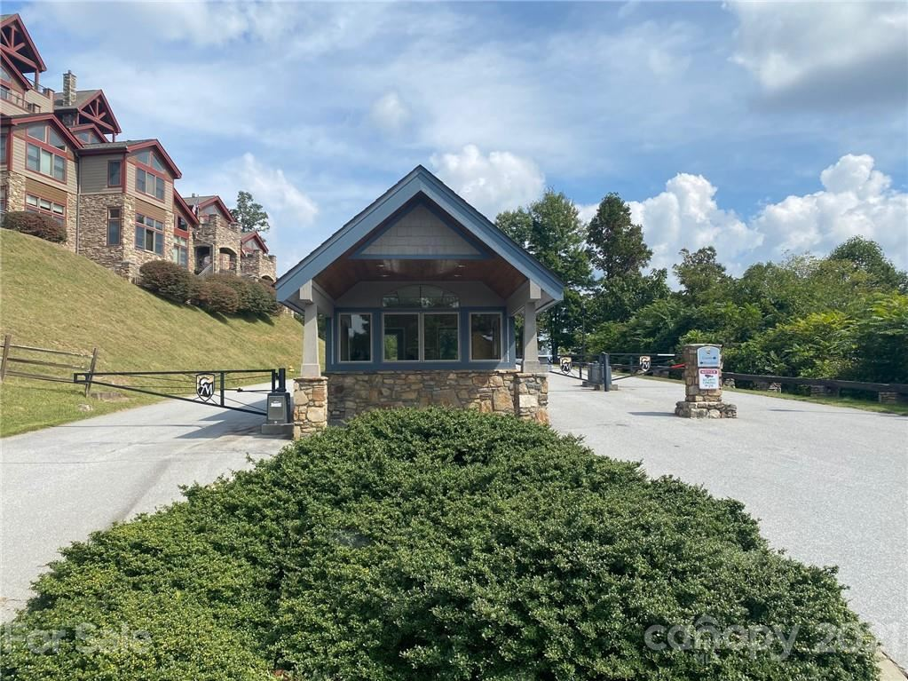 Photo of 29 Chimney Crest Drive, Asheville, NC 28806 (MLS # 3789879)