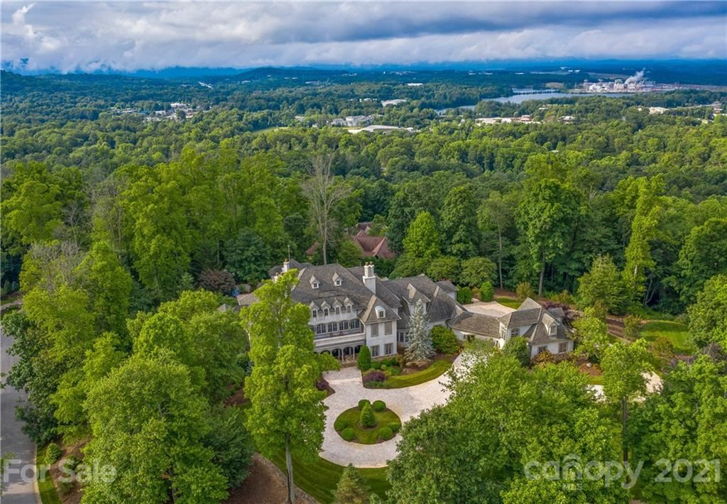 Photo of 316 S Braeside Court, Asheville, NC 28803-3478 (MLS # 3632881)