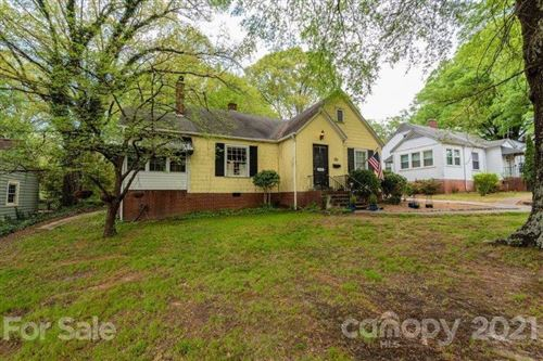 Photo of 818 3rd Avenue NW, Hickory, NC 28601-4807 (MLS # 3729882)