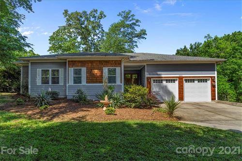 Photo of 18226 Hideaway Road, Charlotte, NC 28278-8646 (MLS # 3736886)