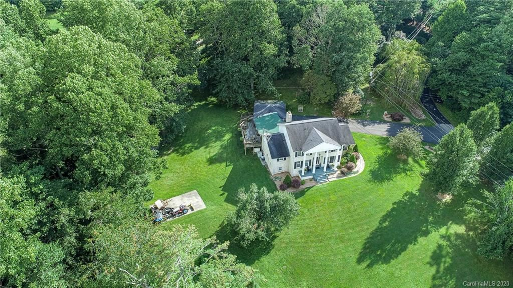 Photo of 490 Hickory Hill Drive, Spruce Pine, NC 28777-8559 (MLS # 3649886)