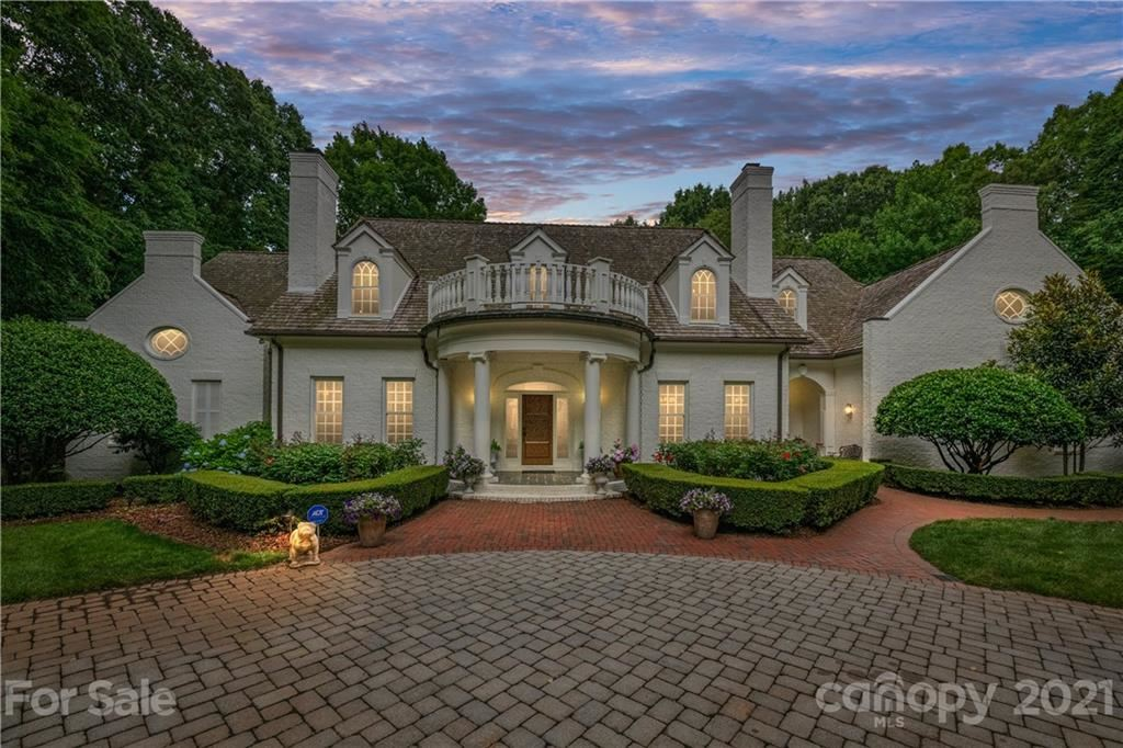 Photo for 8397 Providence Road, Charlotte, NC 28277-9753 (MLS # 3749888)