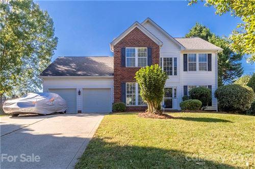 Photo of 6012 Downfield Wood Drive, Charlotte, NC 28269-9196 (MLS # 3798893)