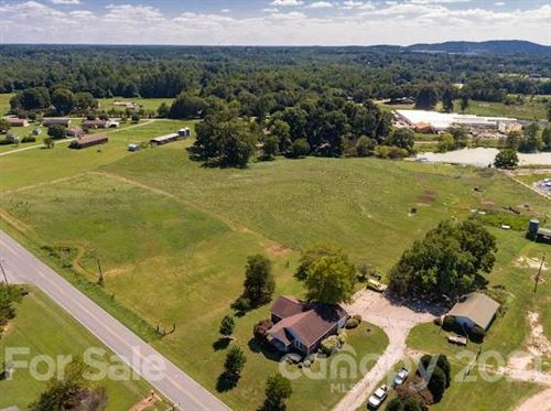 Photo of 1029 Cleveland Avenue, Grover, NC 28073 (MLS # 3782896)