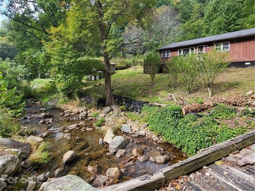 Photo of 559 Poplar Creek Road, Bakersville, NC 28705 (MLS # 3797908)