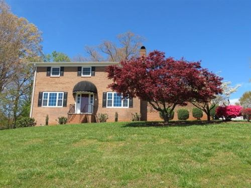Photo of 119 Lucky Hollow Road, Hickory, NC 28601-7862 (MLS # 3612914)