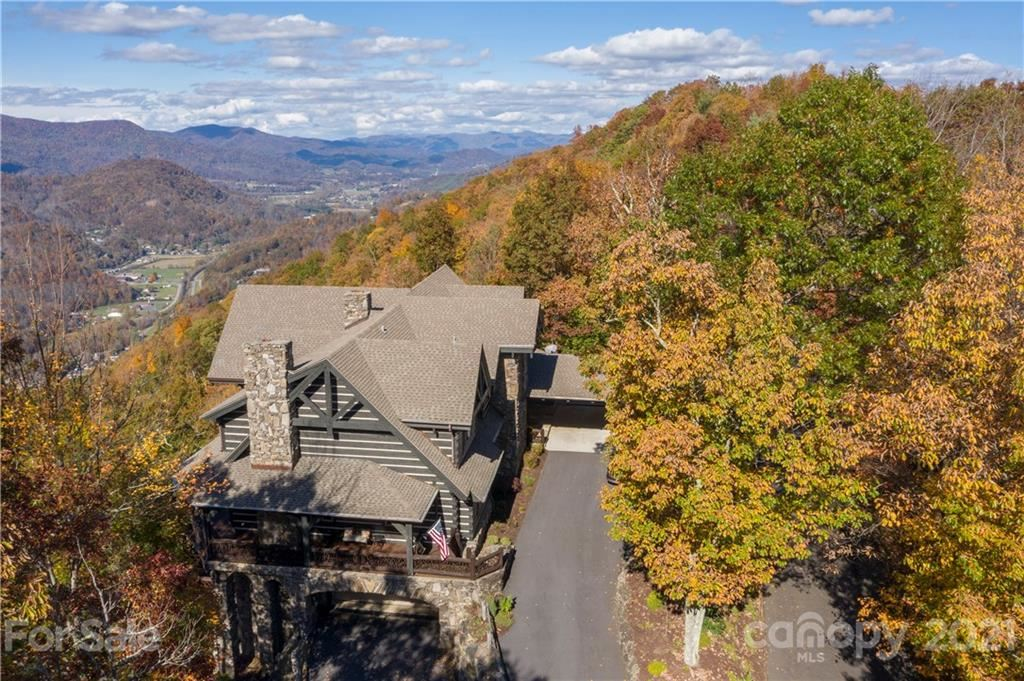 Photo of 317 Walela Trail, Maggie Valley, NC 28751 (MLS # 3726919)