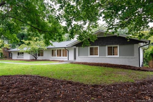 Photo of 873 20th Avenue Drive NW, Hickory, NC 28601-1229 (MLS # 3638932)