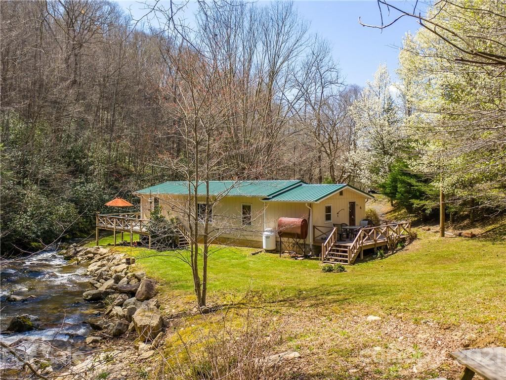 Photo of 3266 Pigeon Roost Road, Green Mountain, NC 28740 (MLS # 3728935)