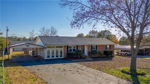 Photo of 1832 Cameron Road, Lincolnton, NC 28092 (MLS # 3570936)
