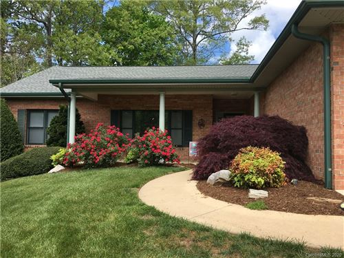 Photo of 107 Fairway Knoll Drive, Hendersonville, NC 28739 (MLS # 3582941)