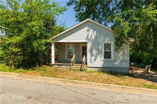 Photo of 209 E Elm Street, Shelby, NC 28150 (MLS # 3734942)