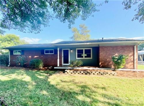 Photo of 1028 Old Mountain View Road, Mount Holly, NC 28120-1288 (MLS # 3793950)