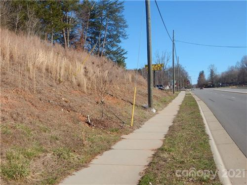 Photo of 106 Randall Road, Morganton, NC 28655 (MLS # 3594952)