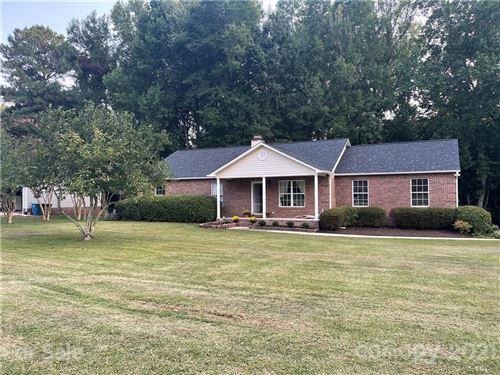 Photo of 441 Mirror Lake Road, Salisbury, NC 28146-8374 (MLS # 3788955)