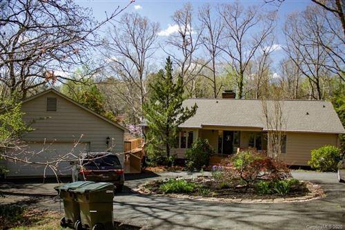Photo of 10 Lake Ridge Road, Lake Wylie, SC 29710 (MLS # 3605956)
