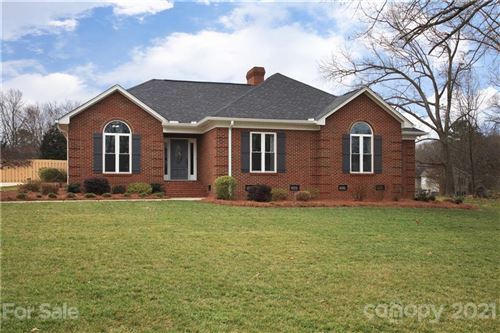 Photo of 168 Eastwood Drive, Statesville, NC 28625-4555 (MLS # 3711956)