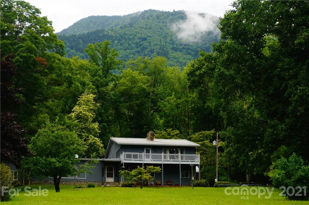 Photo of 745 Hickory Springs Road, Burnsville, NC 28714 (MLS # 3649957)
