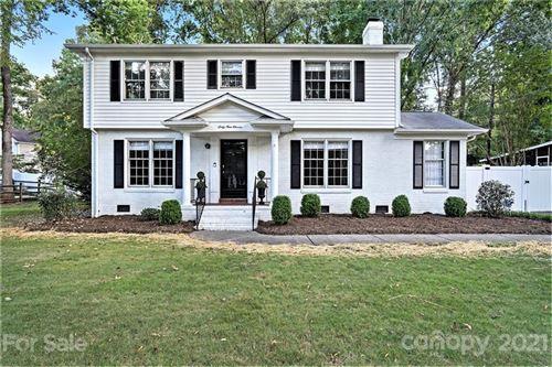 Photo of 6911 Foxworth Drive, Charlotte, NC 28226-7630 (MLS # 3787958)