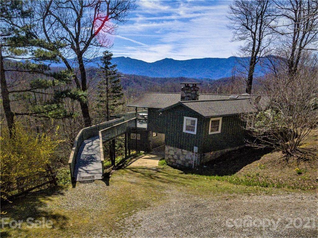 Photo of 331 Strawberry Ridge, Spruce Pine, NC 28777 (MLS # 3723958)