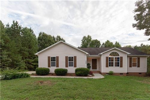 Photo of 105 W Panther Creek Road, Troutman, NC 28166-7737 (MLS # 3663962)