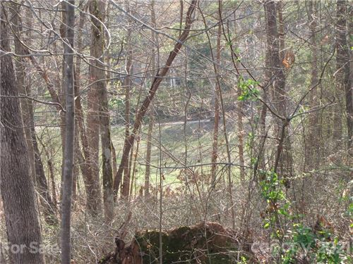 Photo of 140 Harbourtown Drive, Kings Mountain, NC 28086 (MLS # 3733966)