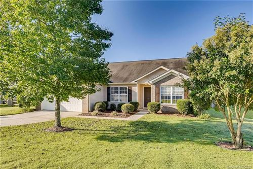 Photo of 127 Golden Valley Drive, Mooresville, NC 28115 (MLS # 3664968)
