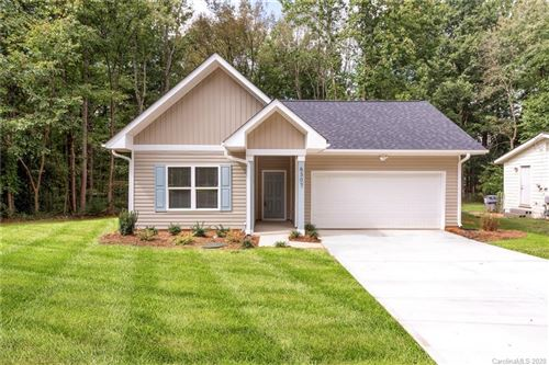 Photo of 6307 Rockwell Boulevard, Charlotte, NC 28269 (MLS # 3667971)