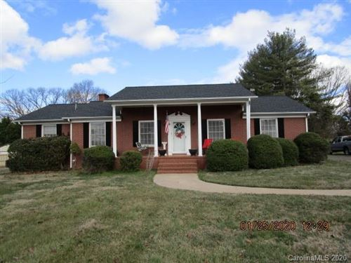 Photo of 2909 Eastway Drive, Statesville, NC 28625 (MLS # 3585976)