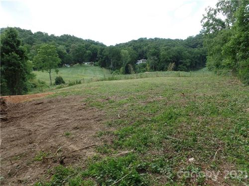 Photo of 999 Chunns Cove Road, Asheville, NC 28805 (MLS # 3762976)
