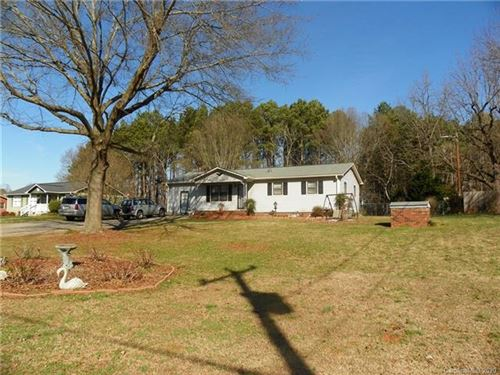 Photo of 628 Old Mountain Road, Statesville, NC 28677 (MLS # 3584978)