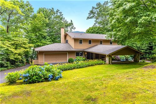 Photo of 96 Windward Point, Lake Toxaway, NC 28747 (MLS # 3636980)