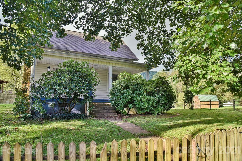 Photo of 4 Fox Den Road, Asheville, NC 28805-9206 (MLS # 3787981)