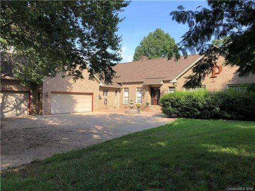 Photo of 2109 Windermere Lane, Shelby, NC 28150-2913 (MLS # 3658987)