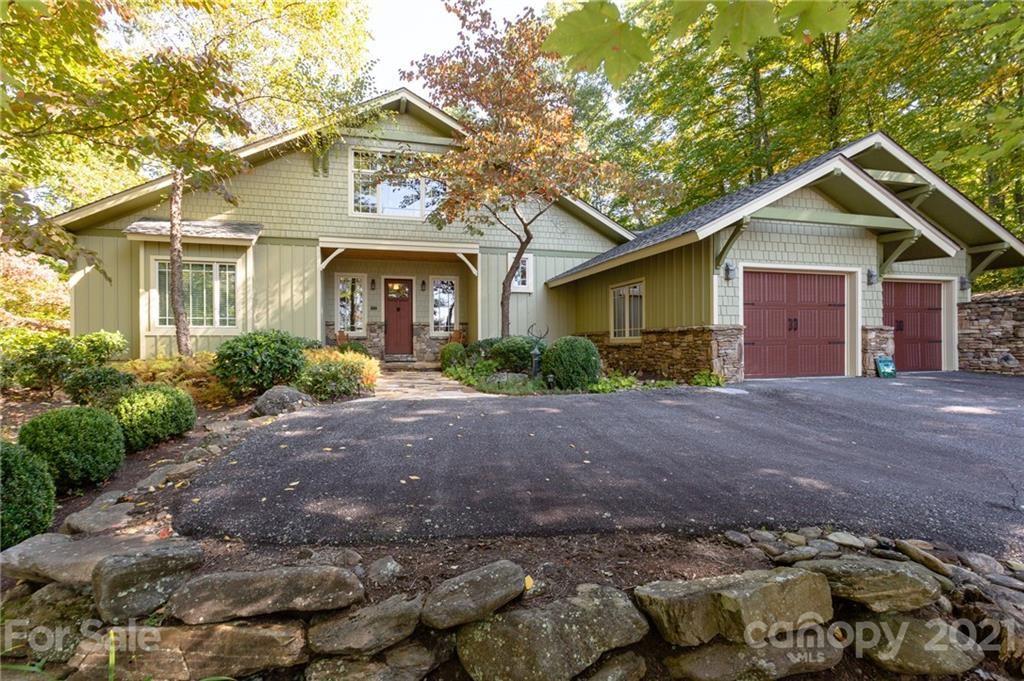 Photo of 324 Austin Mountain Drive, Burnsville, NC 28714 (MLS # 3672995)