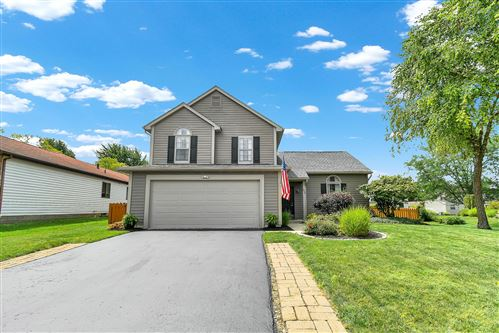 Photo of 55 Butterfield Lane, Powell, OH 43065 (MLS # 221027001)