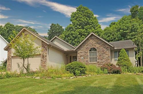 Photo of 4046 Apple Valley Drive, Howard, OH 43028 (MLS # 221029004)