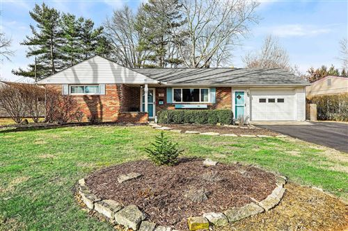 Photo of 321 Iroquois Park Place, Columbus, OH 43230 (MLS # 220002006)