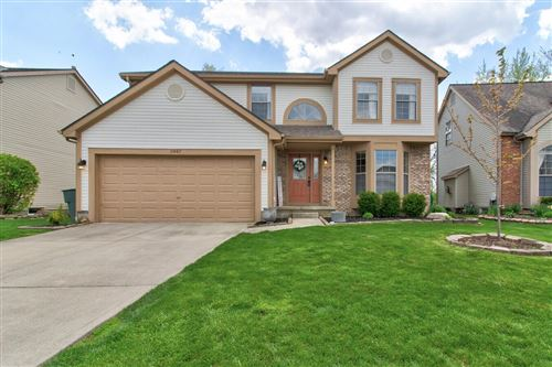 Photo of 5947 Heritage Farms Drive, Hilliard, OH 43026 (MLS # 221012009)