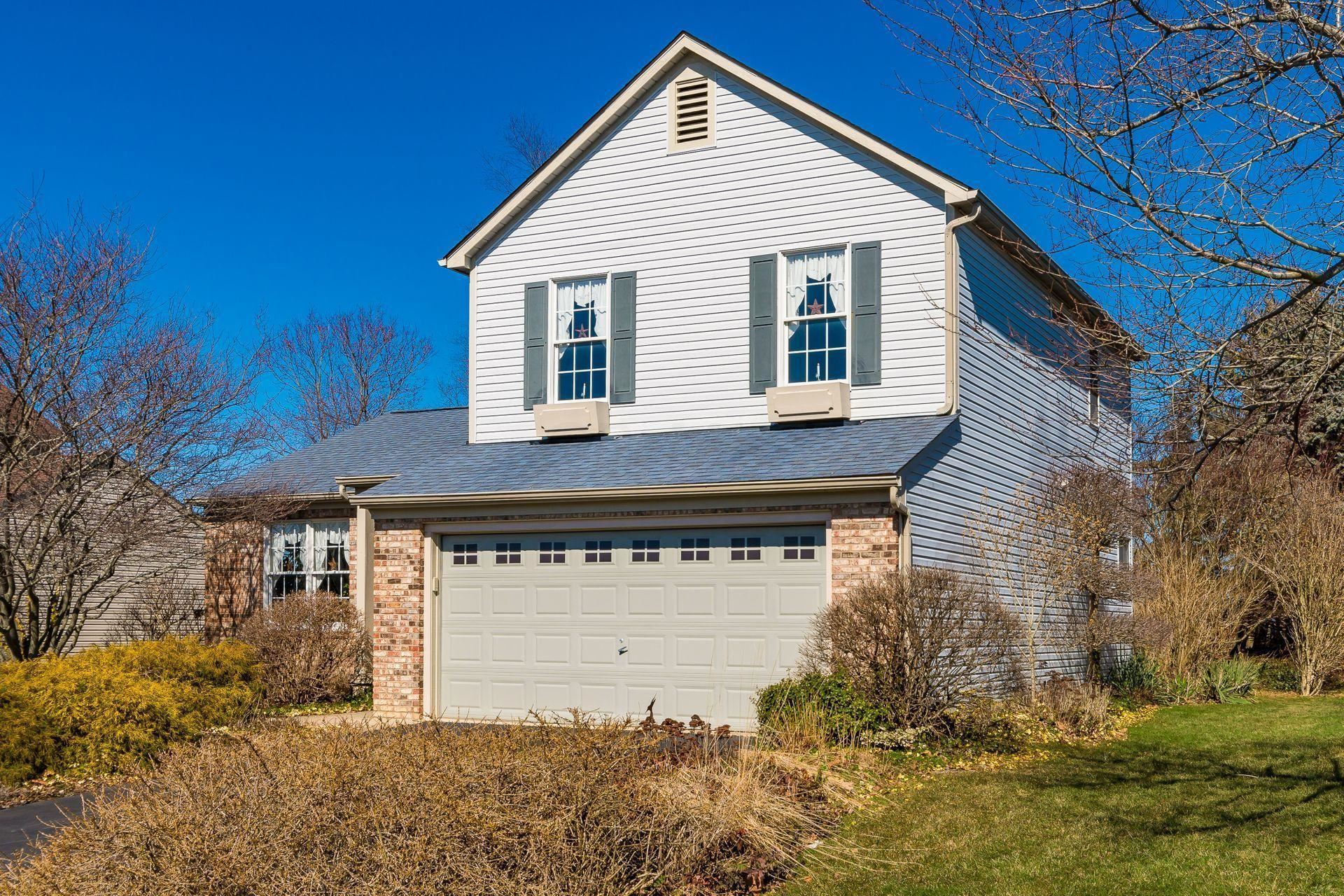 Photo of 1101 Green Meadow Avenue, Lancaster, OH 43130 (MLS # 221006011)
