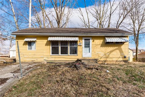 Photo of 200 S Oak Street, London, OH 43140 (MLS # 220002032)