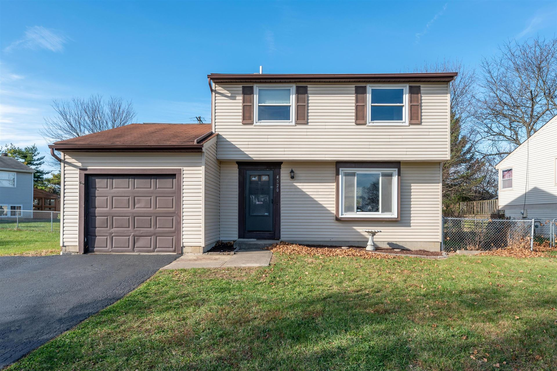 4520 Hickory Wood Drive, Columbus, OH 43228 - #: 220041033