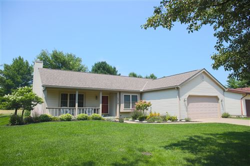 Photo of 305 Cottontail Drive, Sunbury, OH 43074 (MLS # 221028046)