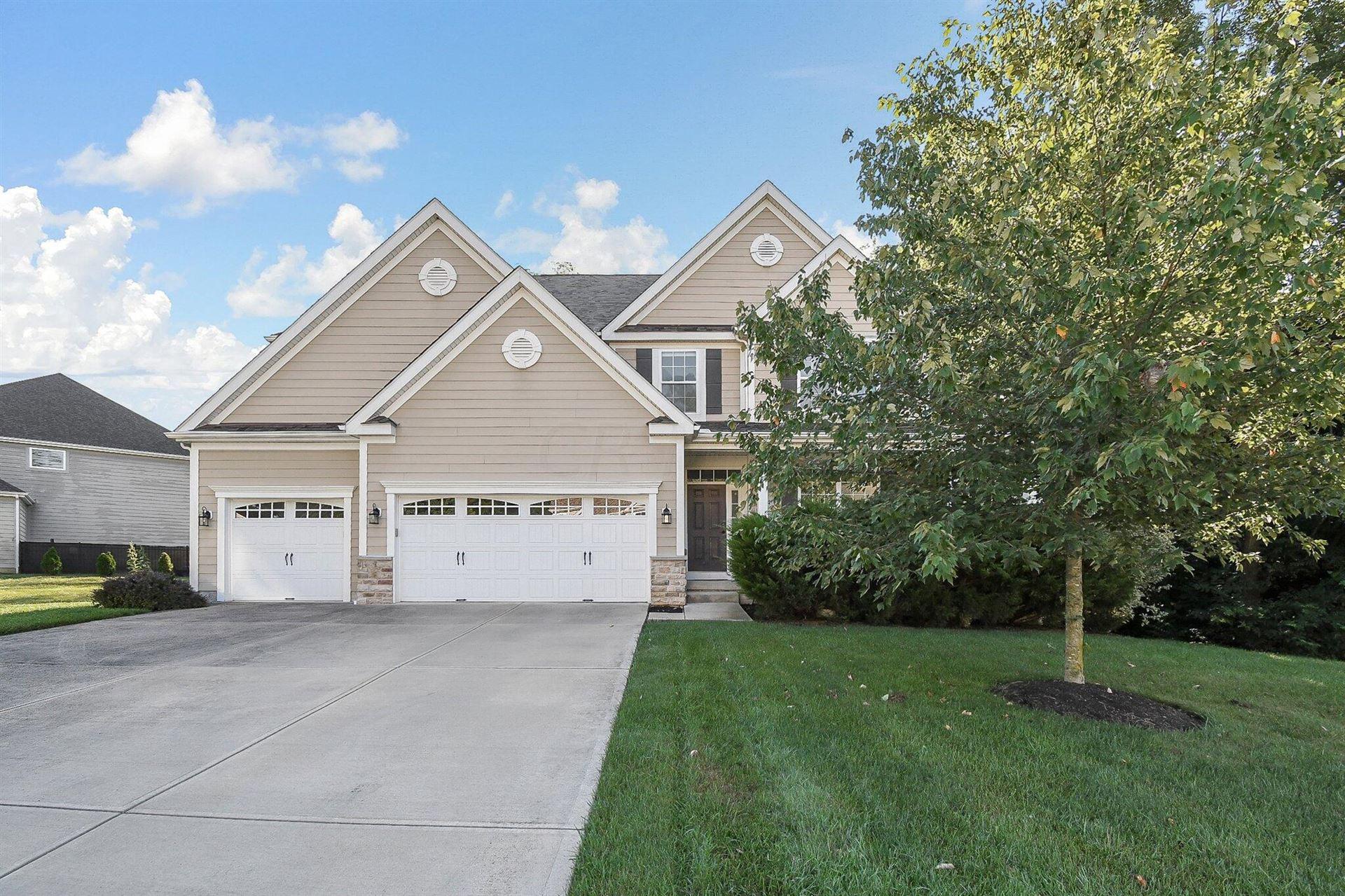Photo of 534 Maketewah Drive, Delaware, OH 43015 (MLS # 221035046)
